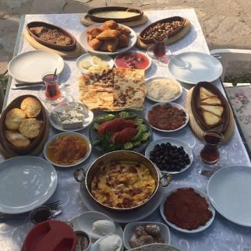 Çerkes Köy Kahvaltısı